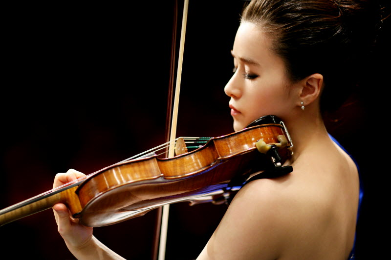 ssViolin Hwayoung Lee.jpg